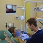 Осмотр полости рта внутриоральной камерой